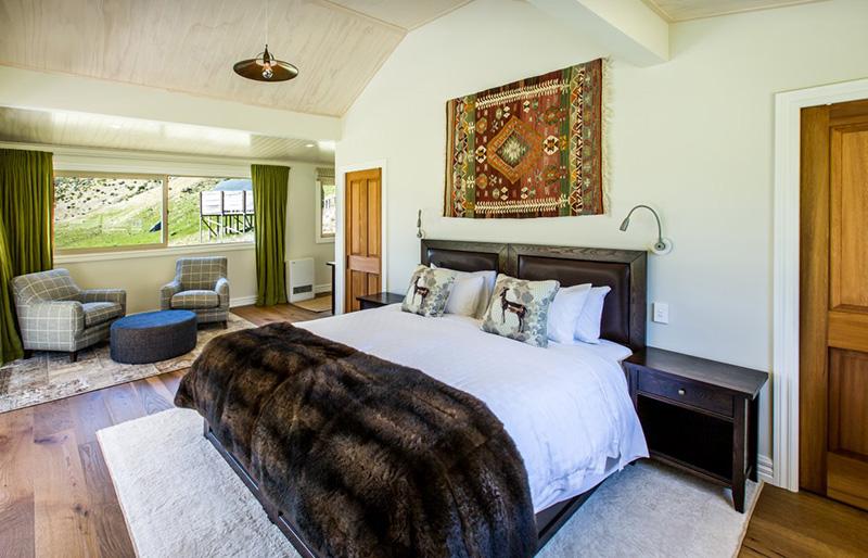 Alpine Lodge luxurious suites