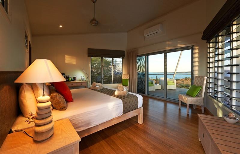Luxury rooms BerkeleyRiver Lodge Australia