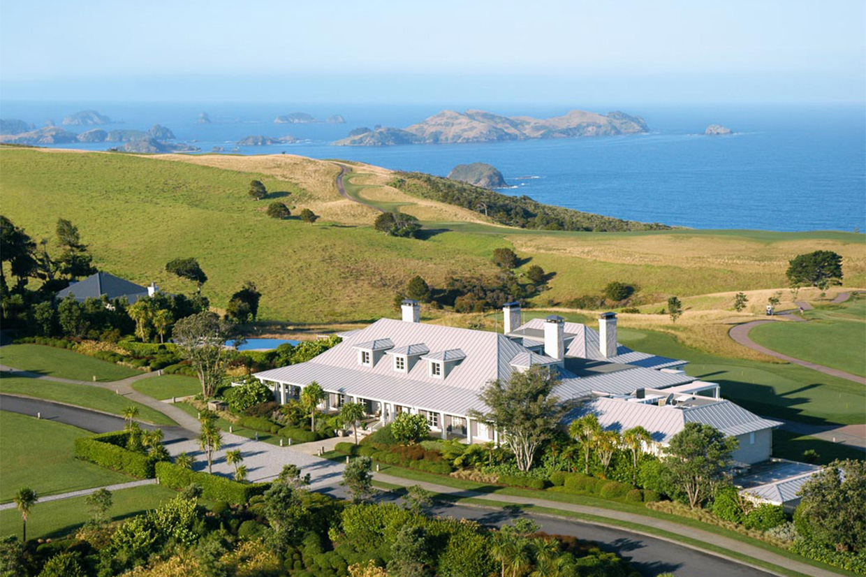 Kauri Cliffs Lodge sea view